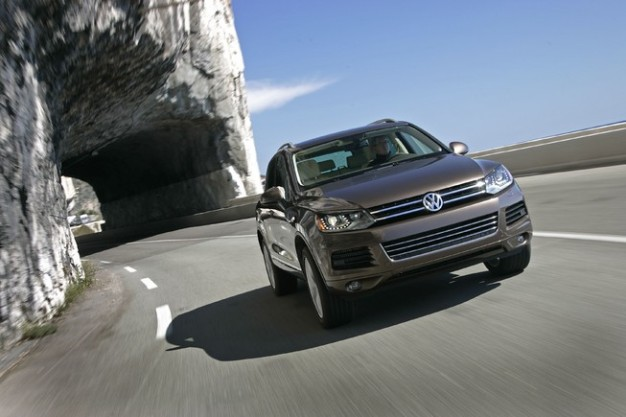 Source: Left Lane 2014 VW Touareg